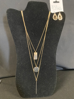 [Katie Stark's Bar & Disc Charm Layered Necklace & Tri-toned Earrings]